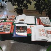 Wystawa książek w bibliotece 4